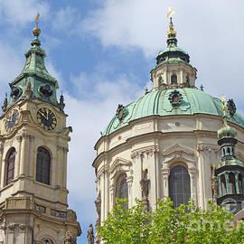 Ann Horn - Church of St. Nicholas Prague