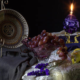 Curved Glass Plate and Grapes by Frank Schmidt