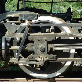 Lin Grosvenor - Detail with Valve Gear