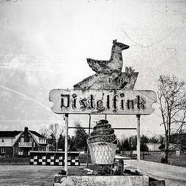 Distelfink - Gettysburg by Bill Cannon