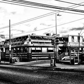 Everybody Goes to Melrose - The Melrose Diner - Philadelphia by Bill Cannon