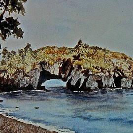 Carolyn Rosenberger - Hollow Rock