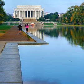 Jogging to the Memorial by Steven Ainsworth