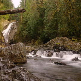 Lower Twin Falls On The Snowqualmie River by Jeff Swan
