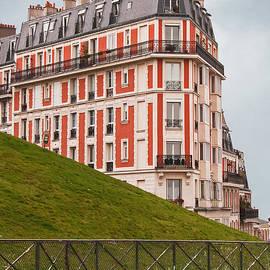 Bob and Nancy Kendrick - Montmartre Building