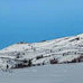 Priska Wettstein - Mountain range along the Dempster Highway