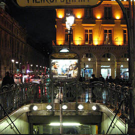 Kathy Fornal - Paris Metro Station Night Scene