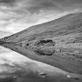 Guido Montanes Castillo - Reflection Of Thaw