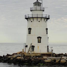 Meandering Photography - Saybrook outer light