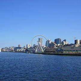 Kym Backland - Seattle Waterway Cityscape