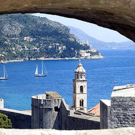 Roman Anuchkin - Shore From Castle Window