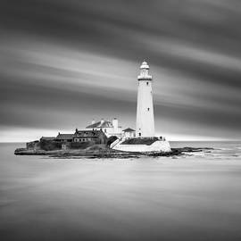 Ian Barber - St Marys Lighthouse Whitley Bay