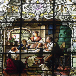 Stained Glass Family Giving Thanks by Sally Weigand