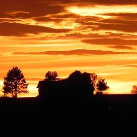 Tom Young - Sunset Over Dietrich Home