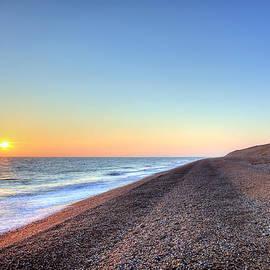 Lee-Anne Rafferty-Evans - Sunset over Dungeness Kent England