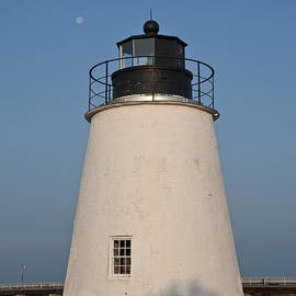 Bill Cannon - The Moon Behind the Piney Point Lighthouse