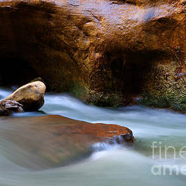 Bob Christopher - The Narrows Virgin River Zion 5