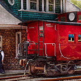 Mike Savad - Train - Caboose - End of the line