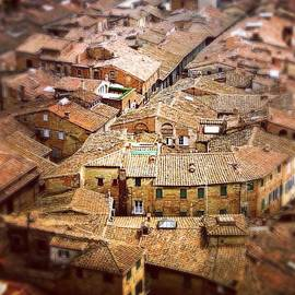 Under The Tuscan Sun.. #siena #rooftops