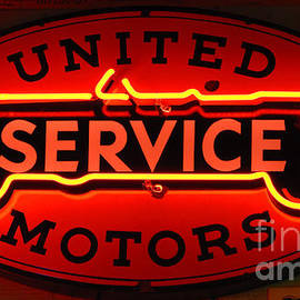 Bob Christopher - United Motors Service Neon Sign