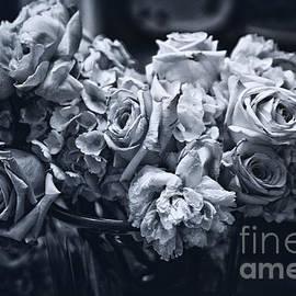 Vase of Flowers 2 by Madeline Ellis