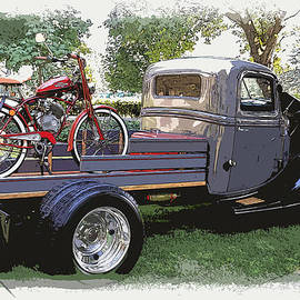 Wizzer Cycle At The Hot Rod Show