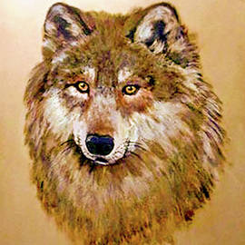 Bob and Nadine Johnston - Wolf - Bright Eyes in Gold