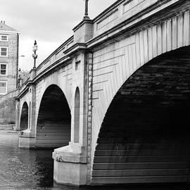 Sophie Elliott - York Bridge