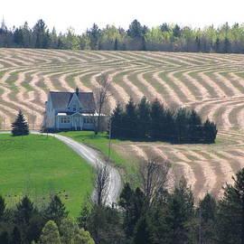 Francois Fournier - ZigZag Spring Country House Farm Land Fournier Appalachian Quebec Canada