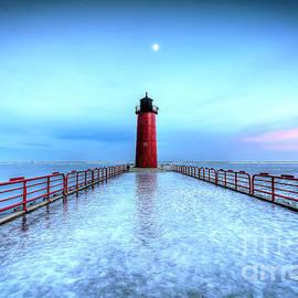 Steve Sturgill - 0948 Milwaukee Harbor Lighthouse
