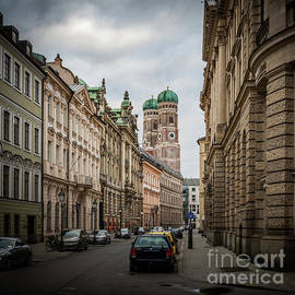 A Beautiful Look At The Frauenkirche by Hannes Cmarits