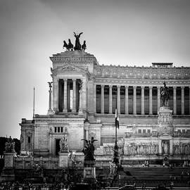Altare della Patria Vittoriano in Rome Venecia Place by Guido Montanes Castillo