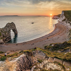 Matthew Gibson - Beautiful landscape view of Durdle Door on the Jurassic Coast at