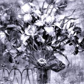 Debra Lynch - Black And White Floral
