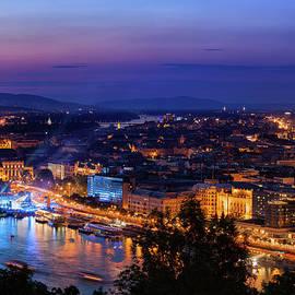 Artur Bogacki - Budapest City At Twilight