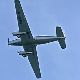 Miroslava Jurcik - De Havilland DHA 3 Drover VH-DHM