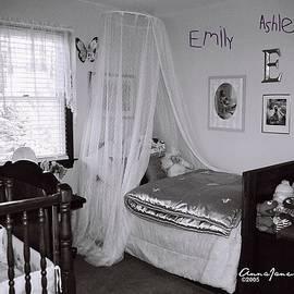 Emily Ashley Isabella Ava by AnnaJanessa PhotoArt