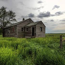Aaron J Groen - forgotten on the prairie
