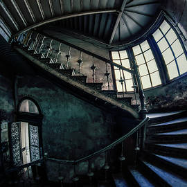Jaroslaw Blaminsky - Forgotten staircase