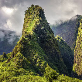 Iao Valley Maui by Pierre Leclerc Photography
