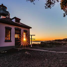 Thomas Ashcraft - Lime Kiln Lighthouse