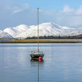 Joana Kruse - Loch Leven - Scotland