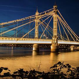Mariusz Czajkowski - London Albert Bridge