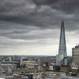 Matthew Gibson - London cityscape skyline with iconic landmark buildings in The C