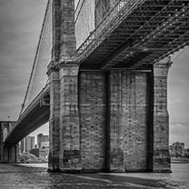 NEW YORK CITY Brooklyn Bridge in Detail - upright slim panorama - Melanie Viola
