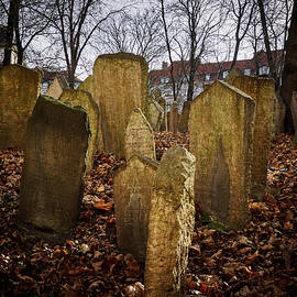 Jouko Lehto - Old Jewish Cemetery. Old Prague spring 2017