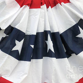 Ann Horn - Patriotic Bunting
