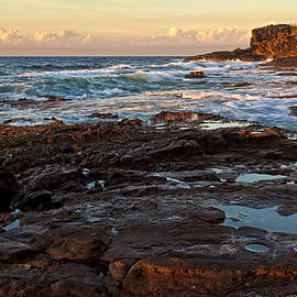 Marcia Colelli - Sandy Beach Sunrise
