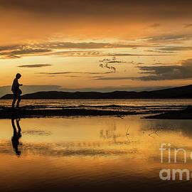 Daliana Pacuraru - Silhouette in Sunset
