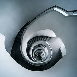 Jaroslaw Blaminsky - Spiral staircase in blue tones